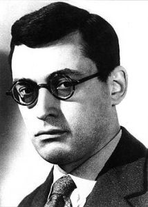 Raymond Queneau (source: Wikipedia)